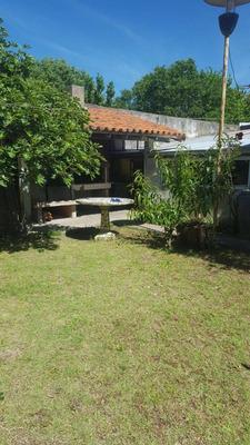 Casa 3 Ambientes, Parque Para 3 Autos, Parrilla, 2 Baños.