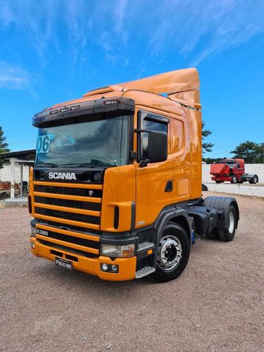 Caminhão Scania R380 Cavalo Toco 4x2 - 2006 - R114 380