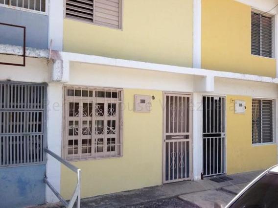 Casa En Vende Centro Barquisimeto 20 7956 J&m 04121531221