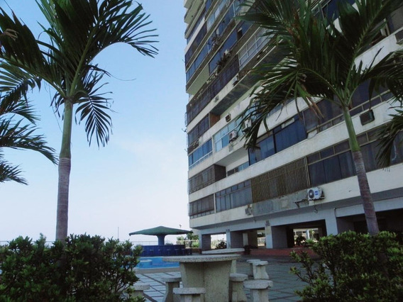 Apartamento Venta Playa Grande Mls #20-11031