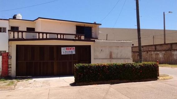 Casa En Renta, Atrás De Plaza Cristal, Coatzacoalcos, Ver.