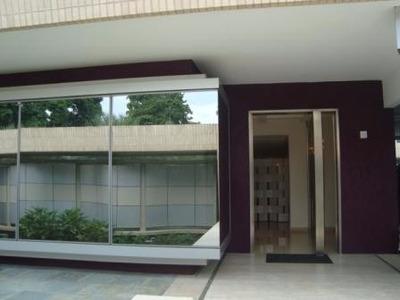 Ltr Vende Grandiosa Quinta En Guaparo Cod.290394