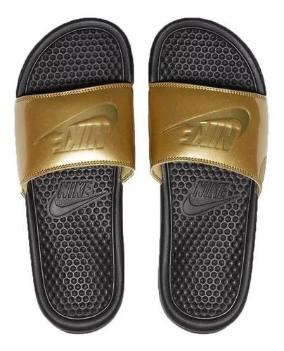 Sandalias Nike Negra Con Dorado Mujer Benassi