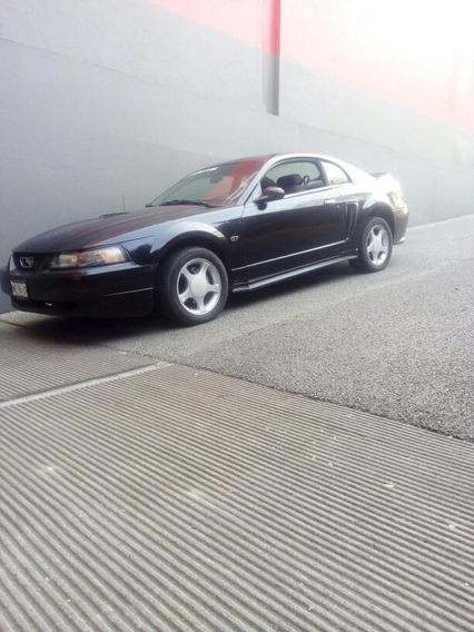 Ford Mustang 3.8 V6 Automático