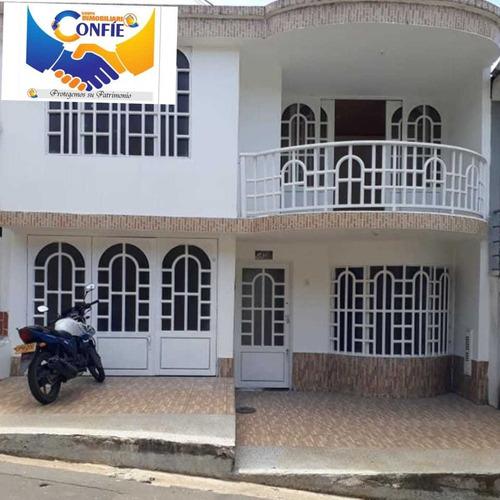 Imagen 1 de 7 de Se Vende Hermosa Casa En Excelente Sector De La Ciudad