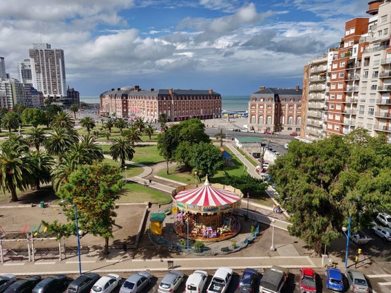 Temporada - Excelente Ambiente Con Vista Plaza Colon Y Mar