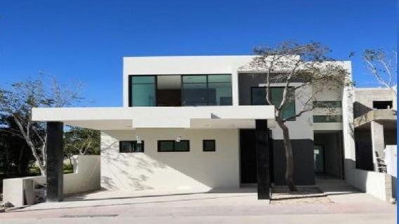 Casa En Venta En Privada Altozano,3 Recámaras En Mérida,yucatán