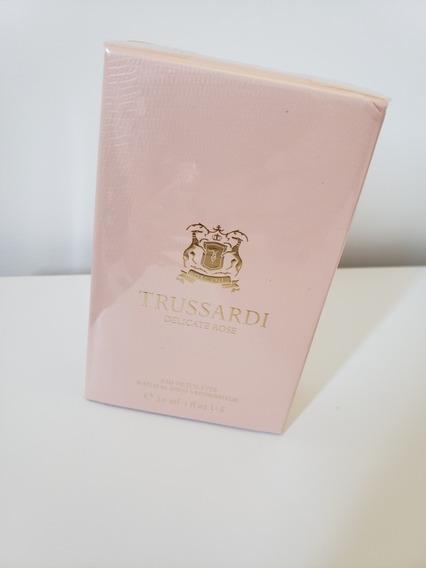 Perfume Trussardi Delicate Rose