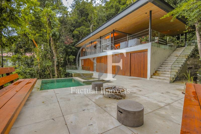 Casa Com 4 Suítes À Venda Com 500 M² - Sitio São Pedro - Guarujá/sp - Ca2874