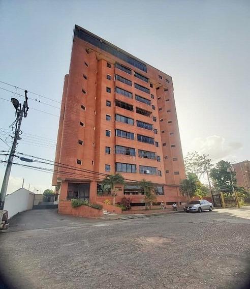 Apartamentos En Alquiler Juanico, Rio Miño