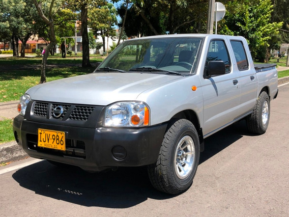 Nissan Frontier Np300 4x2 2400icc Mt Aa Dh