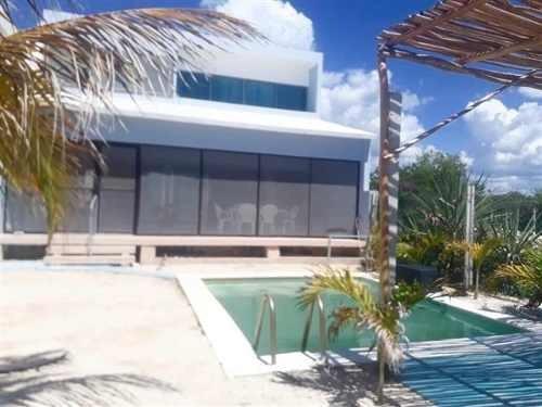 Casa En Playa De Celestun En Primera Fila