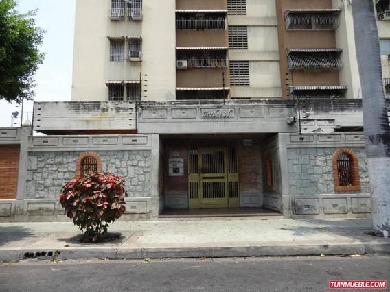 Apartamentos En Venta Urb. El Centro Vanessa 04243219101