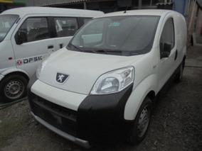 Furgon Peugeot 03-18-261