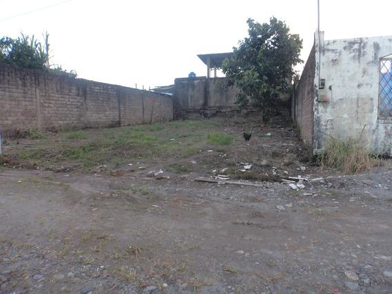 Solar Ubicado Cerca Del Centro Educativo Jorge Añazco C.