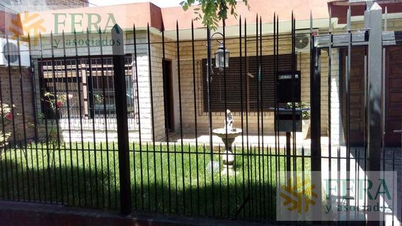 Venta Casa 4 Ambientes En Wilde ( 25223) Quincho Y Fondo Libre Con Pileta - Apto Crédito
