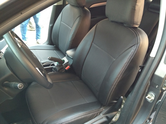 Funda Cuerina Premium Centro Perforado Ford Ecosport 2013-17