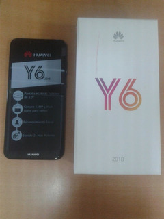Teléfono Celular, Huawei Y6 2018.