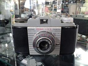 Câmera Kodak Pony 135