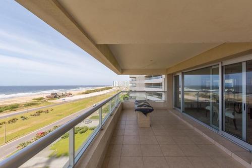 Apartamento En Torre De Lujo, Punta Del Este Uruguay