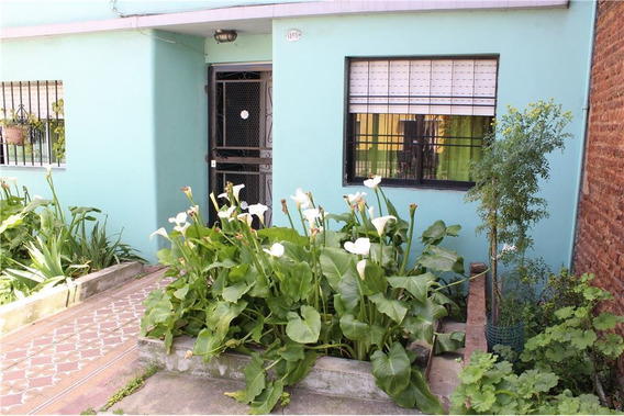 Casa 3 Amb Lote 8,66x27mts C/garage Y Jardin