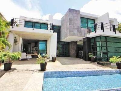 Vendo Magnífica Residencia Zona Hotelera Cancún