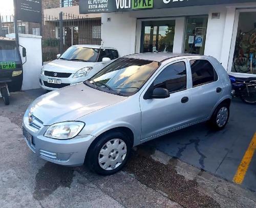 Chevrolet Celta 2009 1.4 Full Permuto Financio
