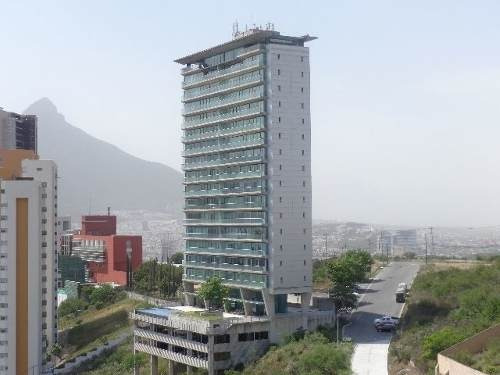 Torre De La Loma ( Valle Oriente )