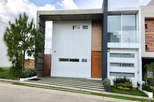 Imagen 1 de 14 de Casa Nueva Muy Amplia En Coto A 5 Minutos De Plaza Andares
