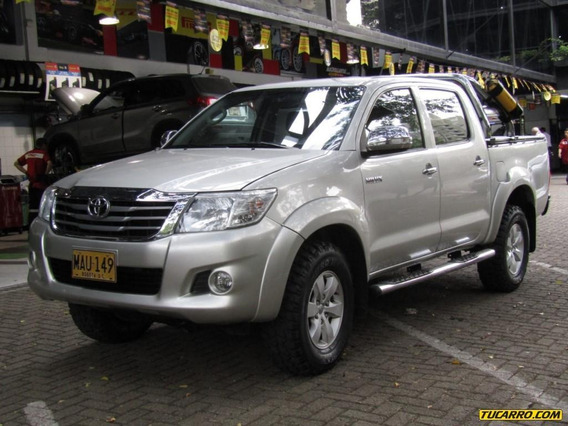 Toyota Hilux 2700 Cc Mt