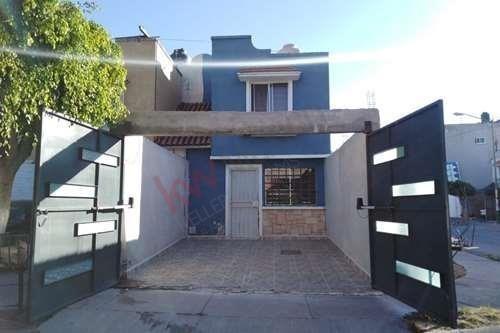 Casa En Venta - Sur De León - Ideal Para Crédito Infinavit O Bancario