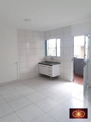 Alugo Casa 03 Cômodos - Jd. São Luis R$ 900,00 - Ca0023