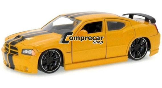 Miniatura Dodge Charger Srt8 2006 Amarelo Jada Toys 1/24