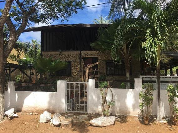 Casa En Margarita Esmeyra Gonzalez +584125448039