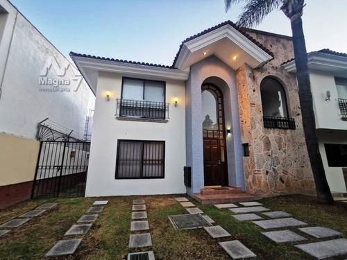 Amplia Residencia En Renta En Jardín Real - Tec De Monterrey