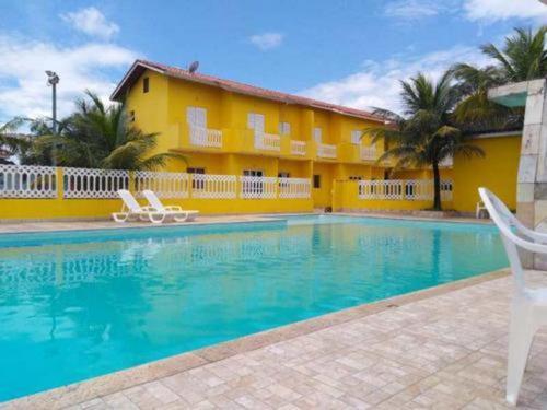 Excelente Casa Em Itanhaém Com Lago E Piscina - 4964 | Npc