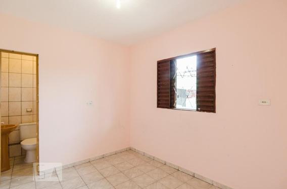 Casa Para Aluguel - Centro, 1 Quarto, 30 - 893115021
