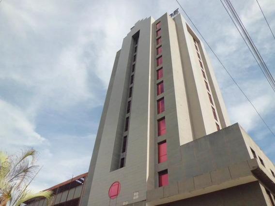 Oficina En Avenida Bolivar Norte 19-18253 Raga