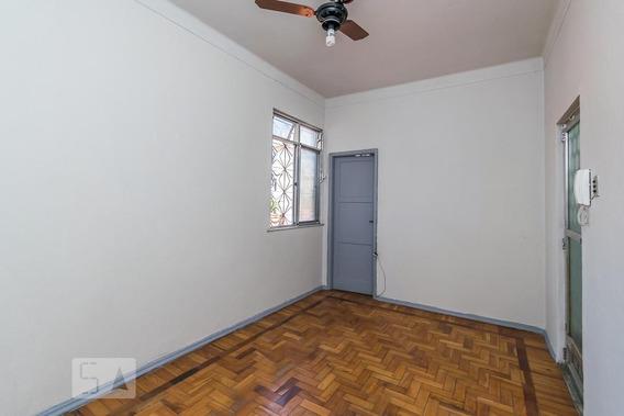 Apartamento No 2º Andar Com 2 Dormitórios - Id: 892971702 - 271702