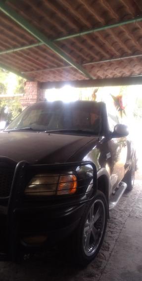 Cadillac 2001 Lobo