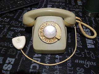 Teléfono Antiguo / Adorno / Uso