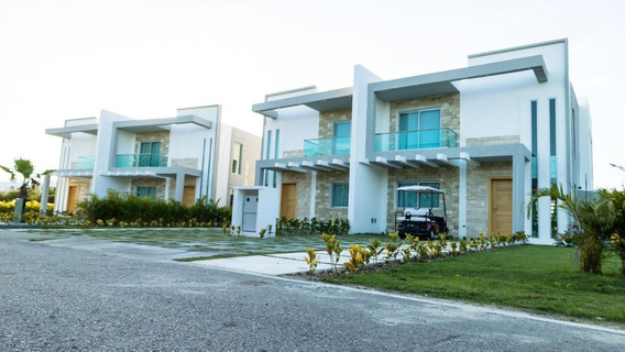 Villa De 3 Habitaciones De Venta En Playa Nueva Romana
