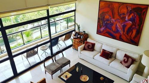 Apartamento  De Alto Padrão, Andar Alto Com Pé Direito Duplo - Lag40