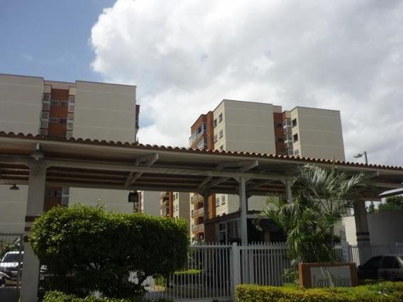 Apartamento En Venta Parroquia Concepcion 19-15664