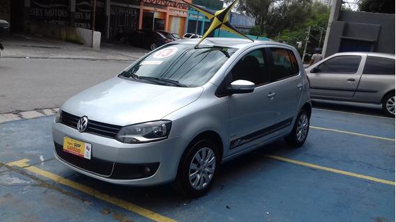 Volkswagen Fox 1.6 Itrend Completo 2013 $ 28900 Financia