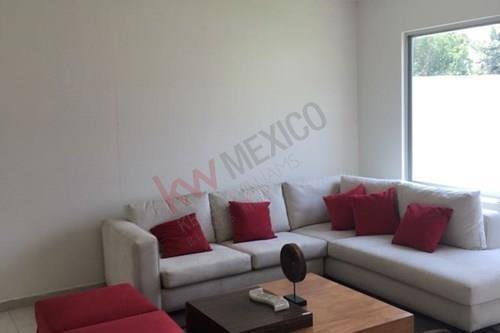 Casa En Pre Venta, En Condominio, Colonia Atlacomulco.