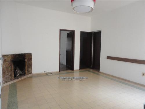Apartamento En Venta. 2 Dormitorios Y Demás, 1º Por Esc.