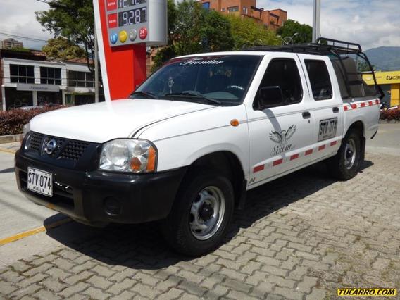 Nissan Frontier Np300 4*2 Publica