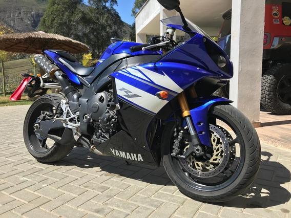 Yamaha R1 2011/2012