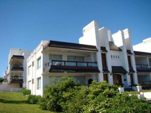 Alquiler Temporario  Apartamento 3 Dormitorios En La Barra